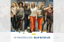 Videoclip Horizon College met Lange Frans in première in AZ-stadion