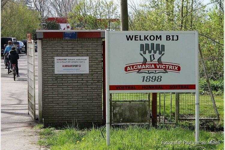 Alcmaria Victrix presenteert Huisman en De Vries als trainerskoppel