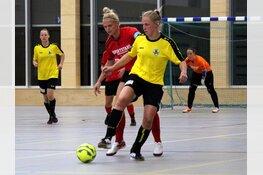 Zaalvoetbal: Vrijdag vrouwenderby Team Alkmaar/Sportstars - Reiger Boys